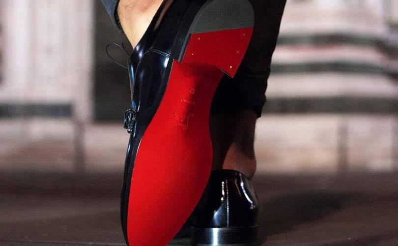Louboutin pierde la exclusividad de las suelas rojas 0dcfa994129
